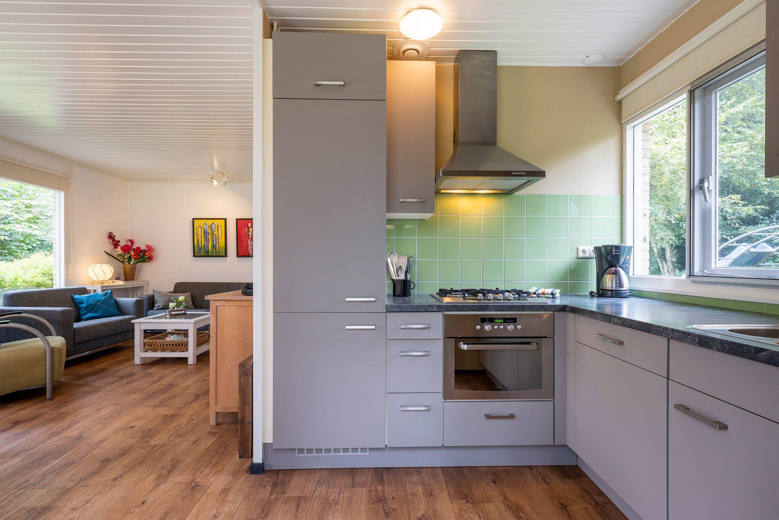 hermelijn-2-keuken-naar-zithoek-leukplekje-nl
