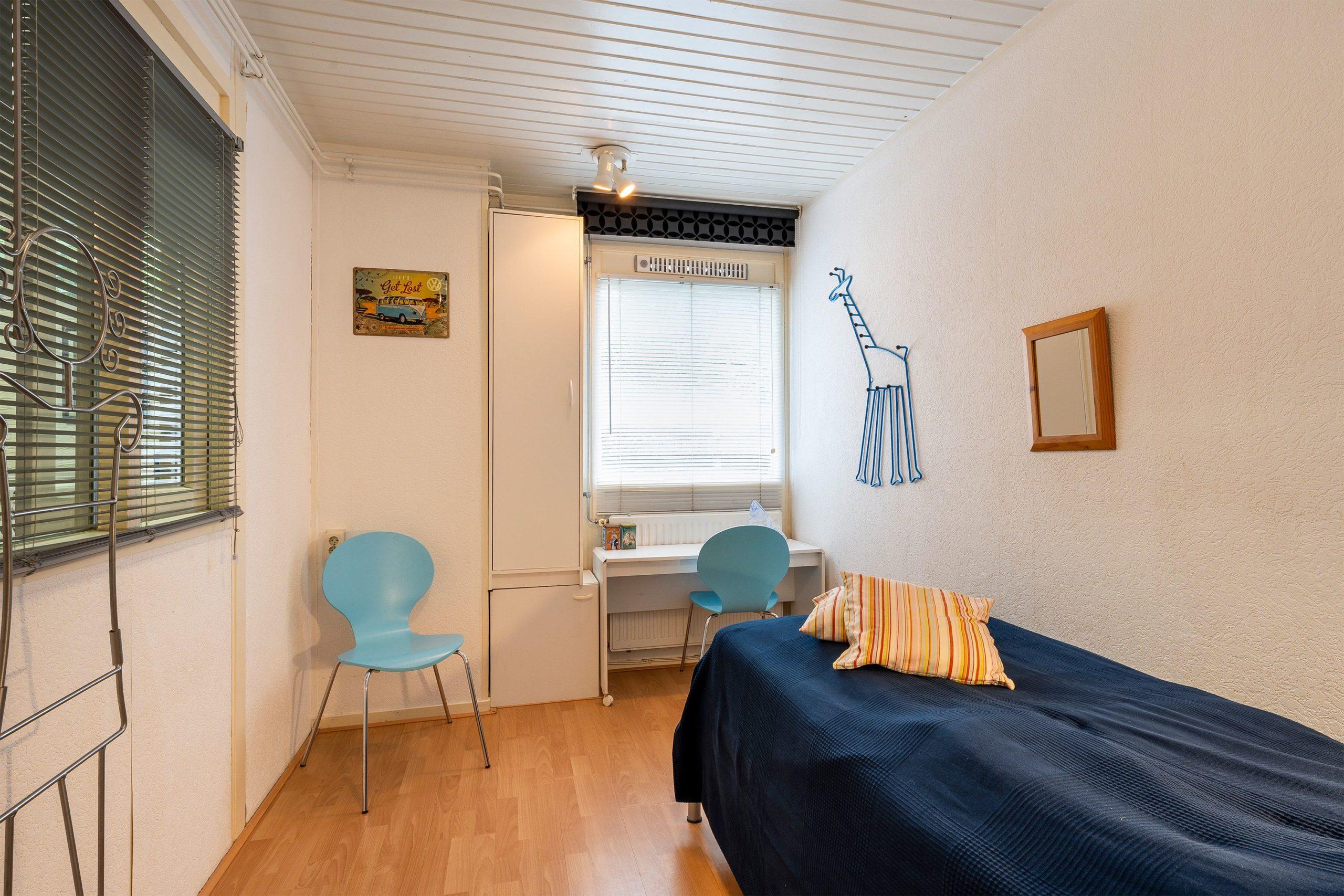 blauwe-boshuis-slaapkamer-k